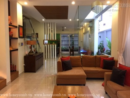 Villa Thao Dien 4 beds apartment with beautiful floral decorated for rent