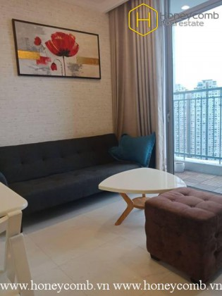Charming apartment with 2 commodious bedrooms in Vinhomes Central Park for rent