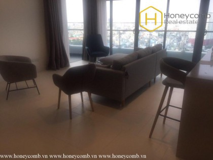 Charming apartment with 3 commodious bedrooms in City Garden