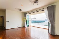 Spacious and airy apartment is waiting for you to decorate in D'Edge