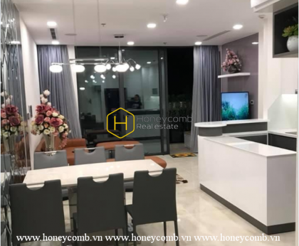 You cannot ignore this marvelous Vinhomes Golden River apartment