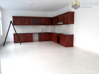 Villa Nguyen Van Huong 5 beds apartment with full furnished for rent