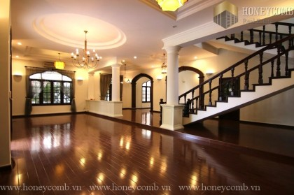 Beautiful 4 beds apartment in Villa Thao Dien for rent