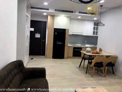 Sparkling with 2-bedroom apartment in Tropic Garden