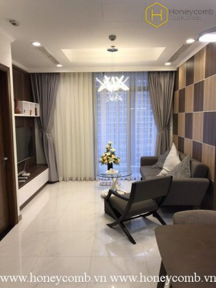 Modern Amenities with 2 bedrooms in Vinhomes Central Park