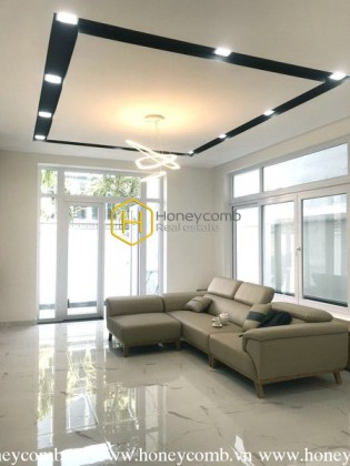 Spacious & Peaceful VILLA for your relaxation in Nguyen Van Huong Street, District 2