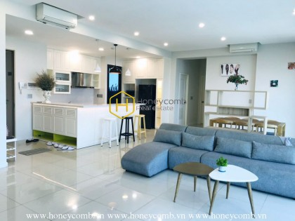 The Ascent 3-beds aparmtent with river view for rent
