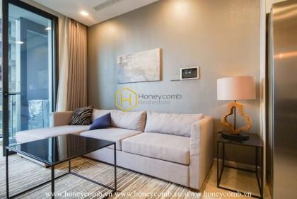 A sumptuous Vinhomes Golden River apartment accompanies a modern European style