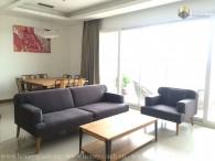 Cho thuê 3 phòng ngủ sang trọng cổ điển tại Xi Riverview Place