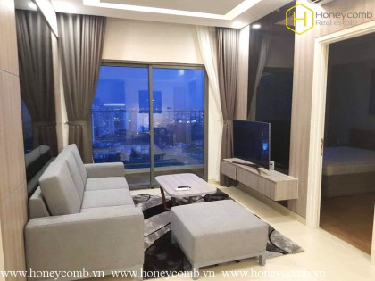 Two bedrooms apartment with modern furniture and pool view for rent.