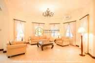 Superb Villa with comtemporary style in District 2 for lease