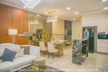 Luxury with golden layouts apartment for rent in Vinhomes Golden River