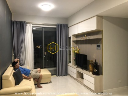 Always Stylish! Sun-filled apartment in Masteri An Phu for lease
