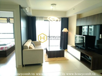 Luxury two bedroom apartment in Masteri Thao Dien for rent
