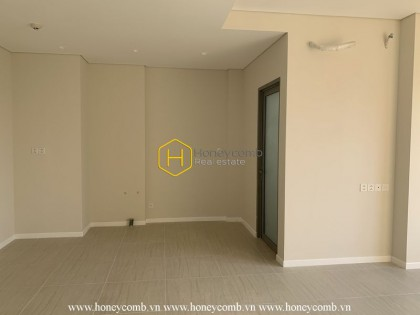 Beautiful light-filled apartment is available now in Diamond Island