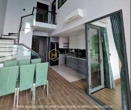An unique architecture Duplex apartment is waiting for you in Feliz En Vista