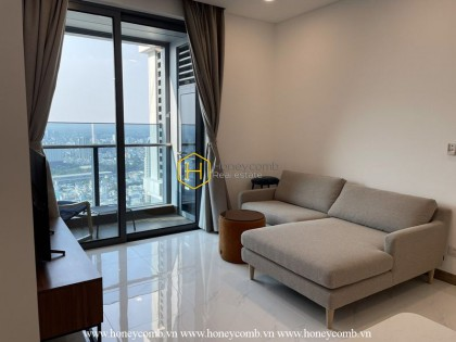 Admire the meticulously-designed apartment in Sunwah Pearl