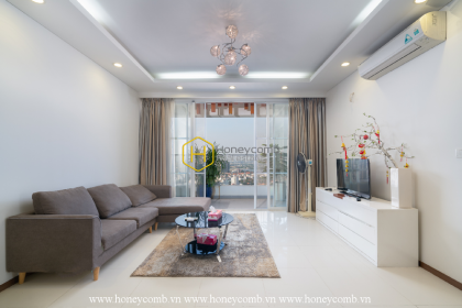 A light and pure Thao Dien Pearl apartment which will make you appealed