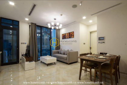 The 1 bed-apartment with smart design and nice view at Vinhomes Golden River