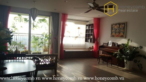 Fantastic 2 beds apartment for rent in Tropic Garden