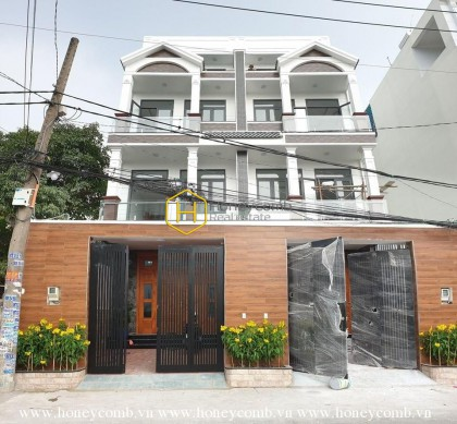 Tradtional design villa for rent witn affordable price in District 2