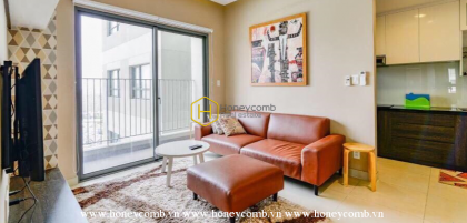 Beautiful two bedrooms apartment with luxurious and elegant living room in Masteri Thao Dien for rent