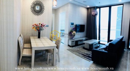 Beautiful floral layouts with modern design apartment for rent in Vinhomes Golden River