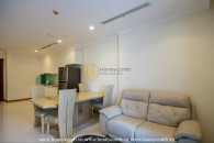 Sweet and soothing tone and high-end interior in Vinhomes Central Park apartment