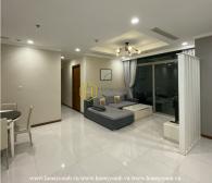 Một căn hộ Vinhomes Central Park tinh tế với lối trang trí màu trắng dễ thương