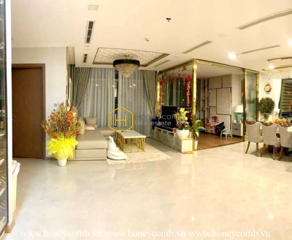 Harmonious colors and clear layout are the highlights of this Vinhomes Central Park apartment