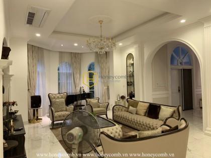 Discover the unique combination of modernity and classical in the SaigonPearl villa