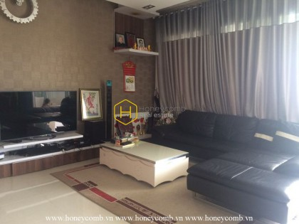 Modern furniture and nice view apartment for rent in The Estella