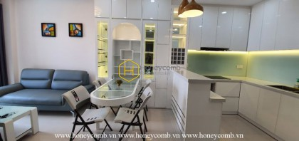 Be ecstatic with the blend of Eastern European and Asian design in the apartment The Sun Avenue