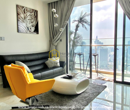 """""""Marvelous"""" and """"chic"""" is what we describe this Vinhomes Golden River apartment"""