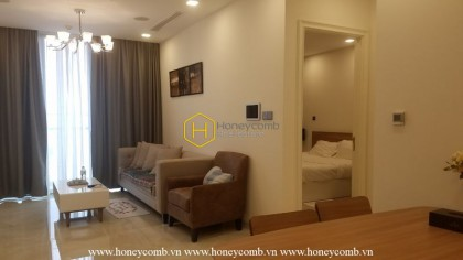 Can't resist the elegant design in this apartment for rent in Vinhomes Golden River