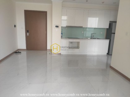 Spacious and unfurnished apartment in Vinhomes Central Park