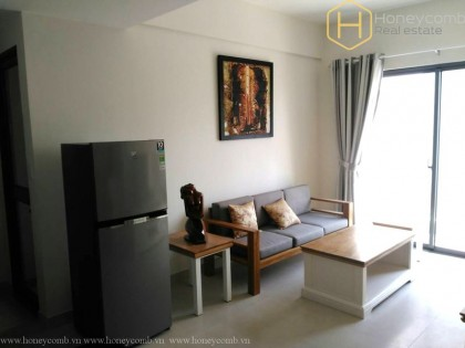 Simple 2 beds apartment with high floor in Masteri Thao Dien