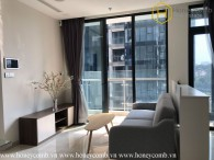 This gorgeous 2 beds apartment is waiting for you to rent it in Vinhomes Golden River