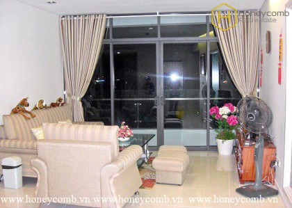 Simple furniture 1 bedroom apartment for rent in City Garden