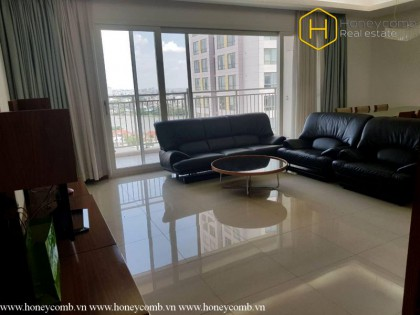 Attractive with 3 bedrooms apartment in Xi Riverview Palace for rent