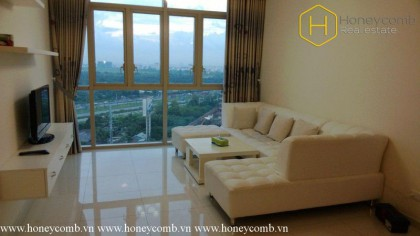 Convenient with 2 bedrooms apartment in The Vista for rent