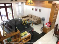 Old-fashioned villa with large living space for rent in District 2