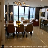 Luxury apartment with modern layout for rent in Vinhomes Golden River