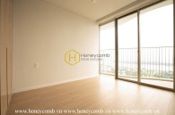 Unfurnished duplex with comtemporary layout for rent in Waterina Suites