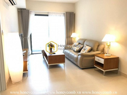 Three bedrooms apartment with simple furniture in Masteri for rent.