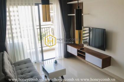 Modern design apartment with elegant interior for rent in The Sun Avenue