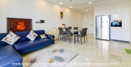 Simplified design apartment with subtle decors for rent in Vinhomes Golden River