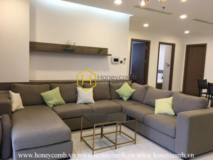 Modern Amenities with 4 bedrooms apartment in Vinhomes Central Park