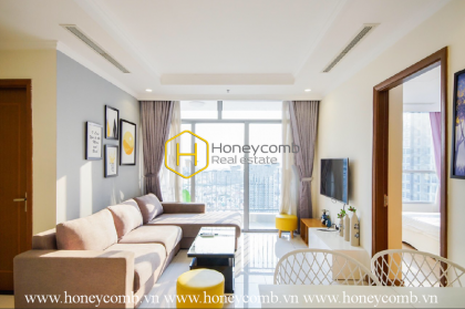 Enjoy sun-filled morning with appealing apartment in Vinhomes Central Park