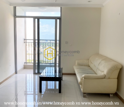 Transitional design apartment with old-fashioned wooden furnishings for rent in Vinhomes Central Park.